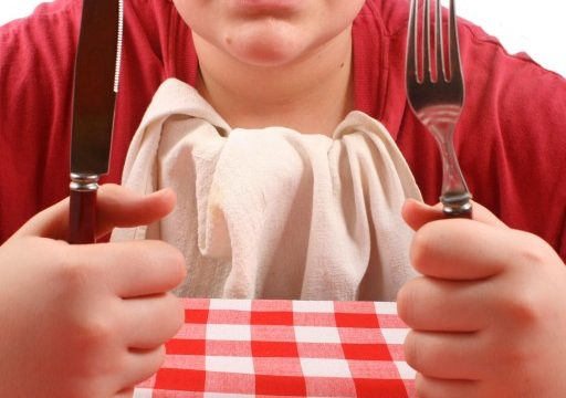 Restaurant table manners